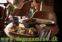 Restaurant Tight