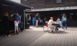 Cafe Knarr