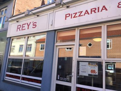 Reys Pizza