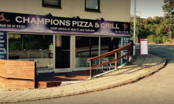 Champions Pizzaria og Grill