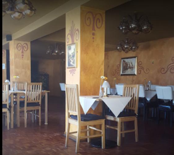 Natalie Restaurant