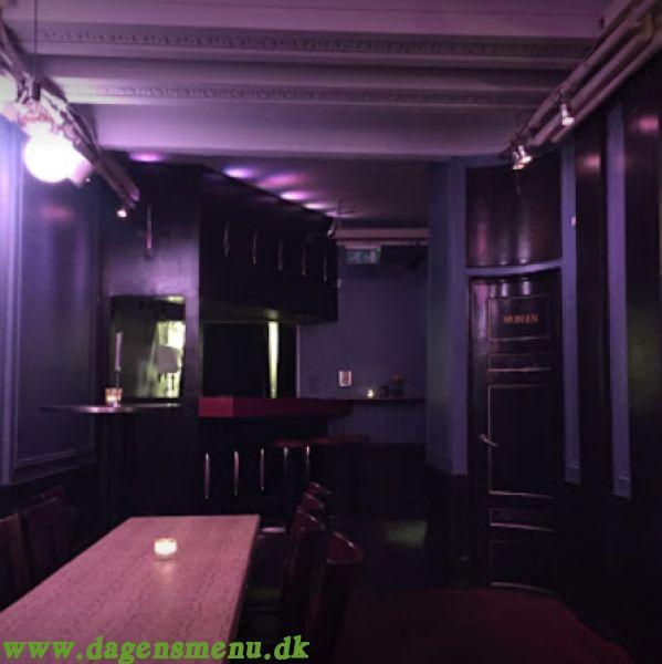 Burgers & Bar