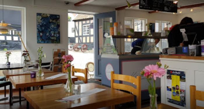 Radhus Cafe