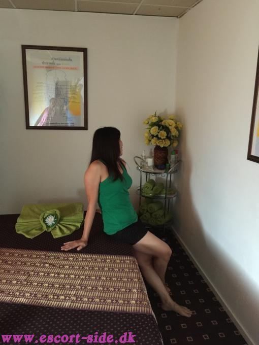 thai massage vallensbæk erotiske noveller gratis