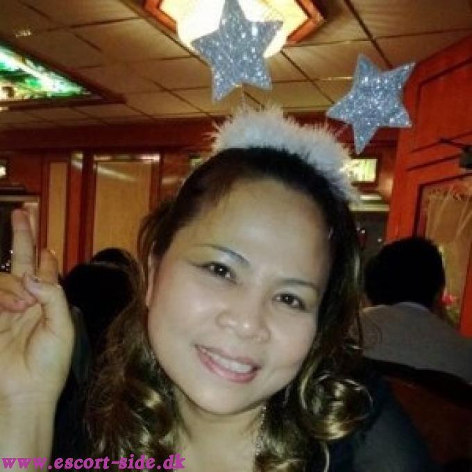 jyske piger porno thai goldfinger wellness massage