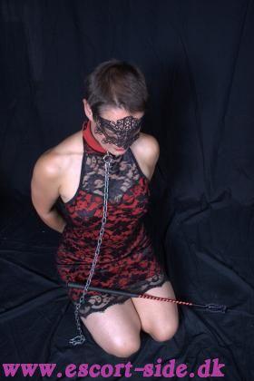 Slave pigen Tekla