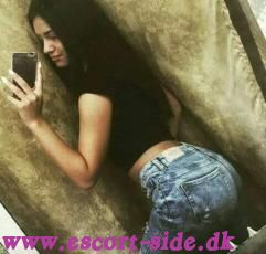 Young Nataly incall/outcall 24