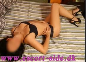 24 hour AVAILABLE party hot re