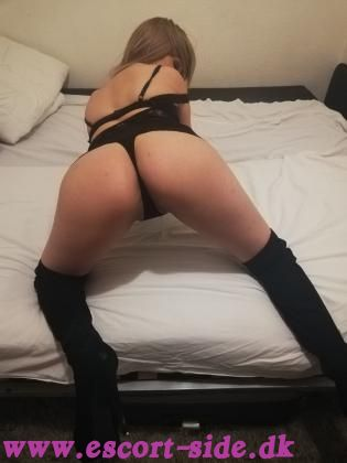 Adèle New escort in your city!