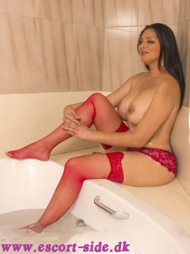 escort massage - Naughty latina Andrea Søborg billede
