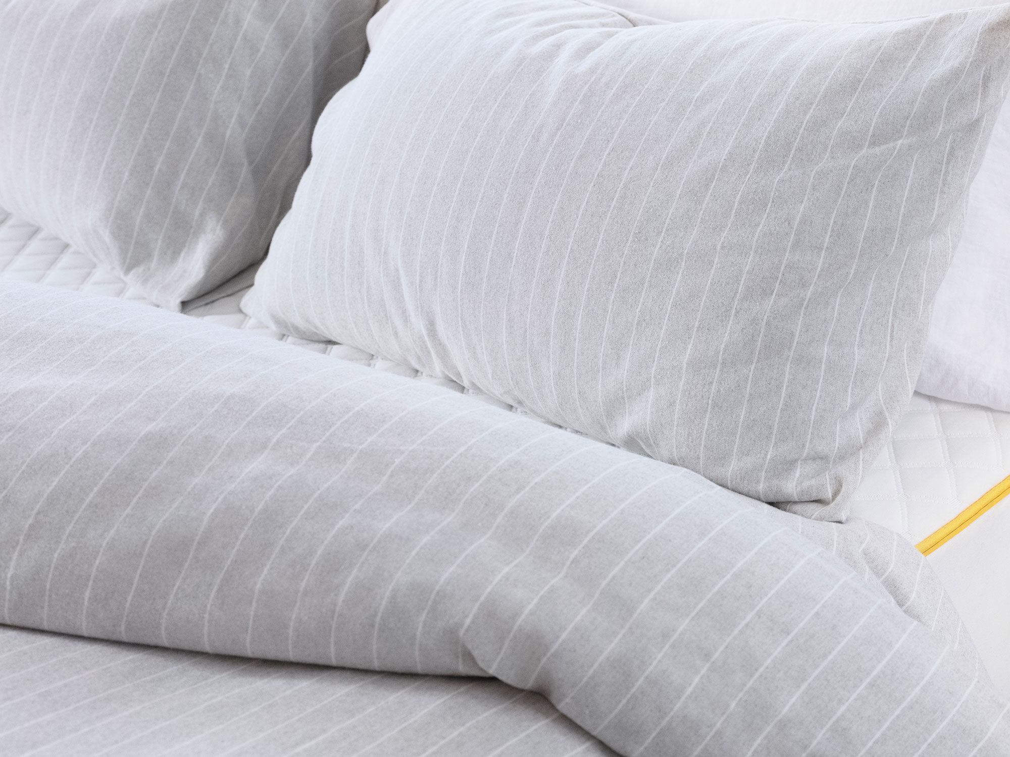 eve-sleep-brushed-cotton-sheets-detail