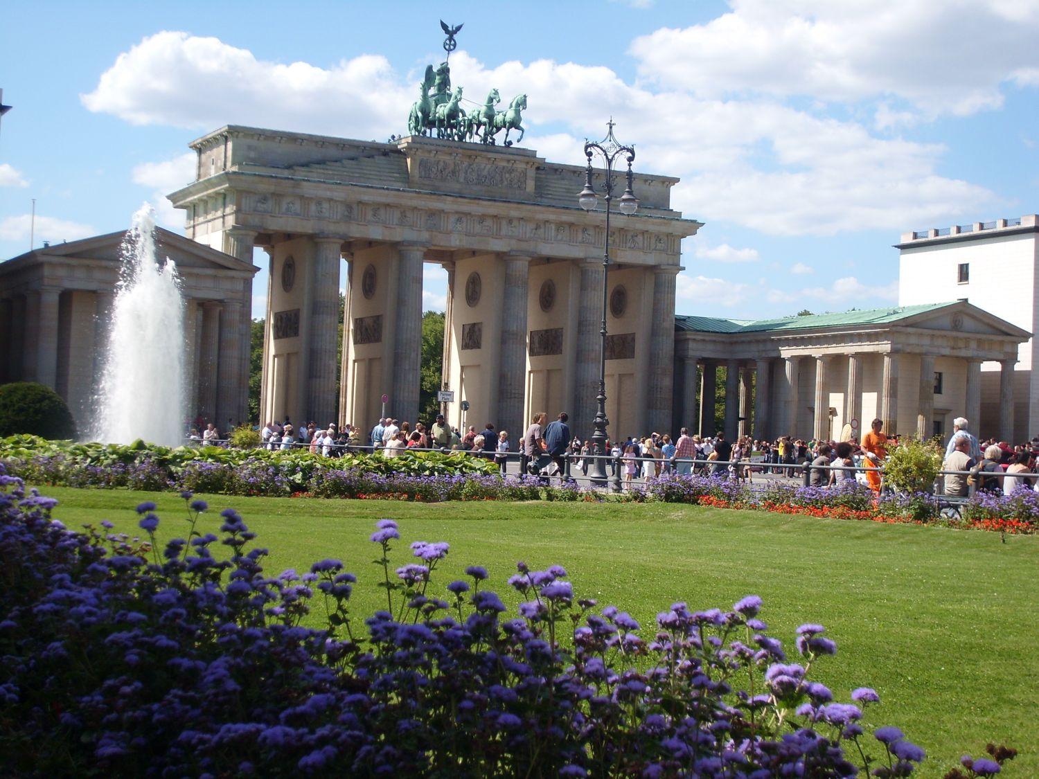 Highlights & History Tour - Berlin