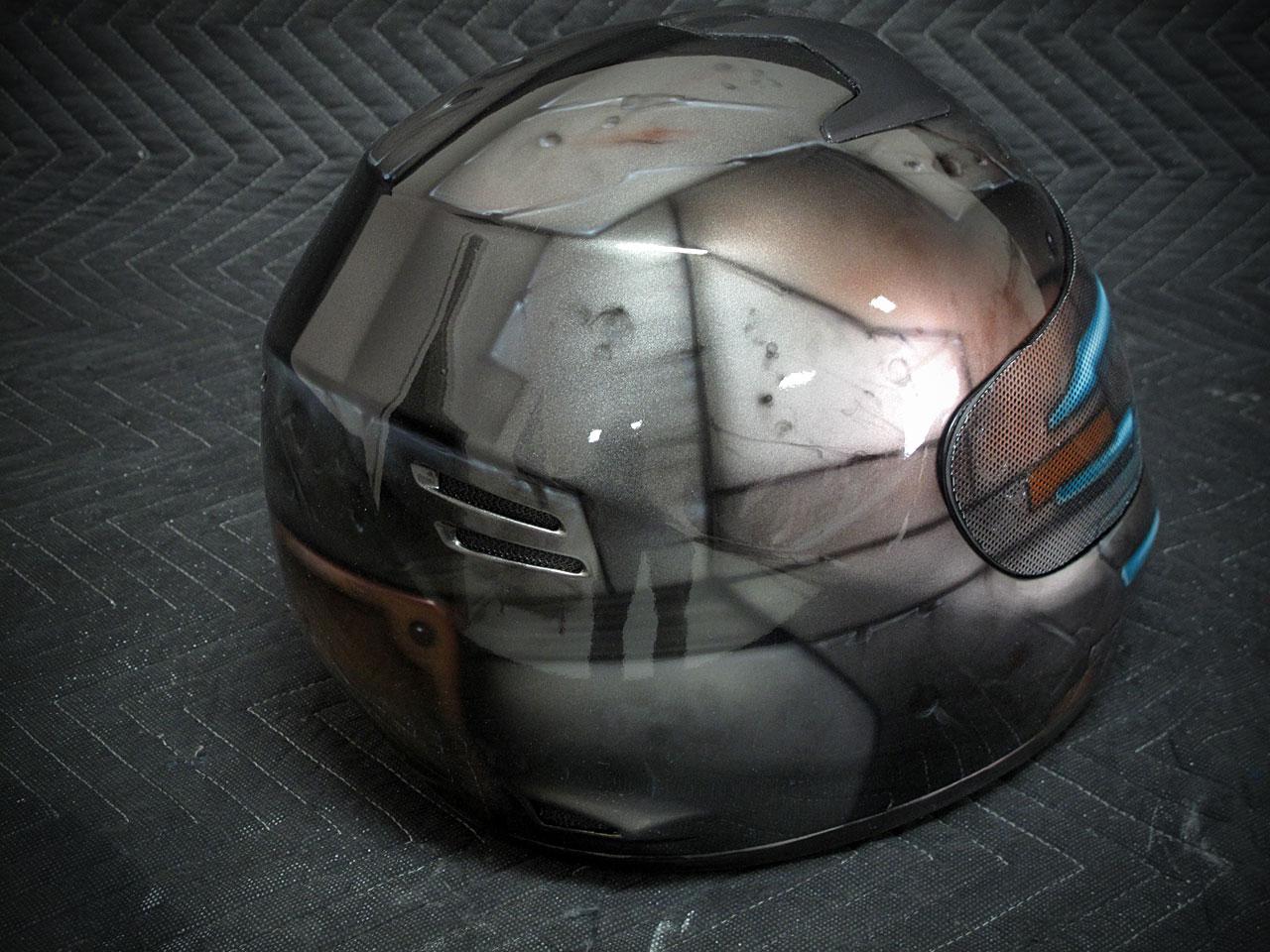 Dead Space Motorcycle Helmet Is A Work Of Art