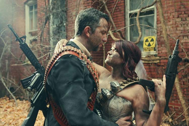 post-apocalyptic-fallout-engagement-photos