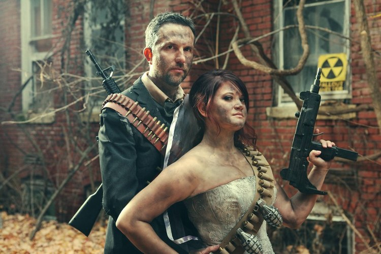 post-apocalyptic-fallout-engagement-photos1