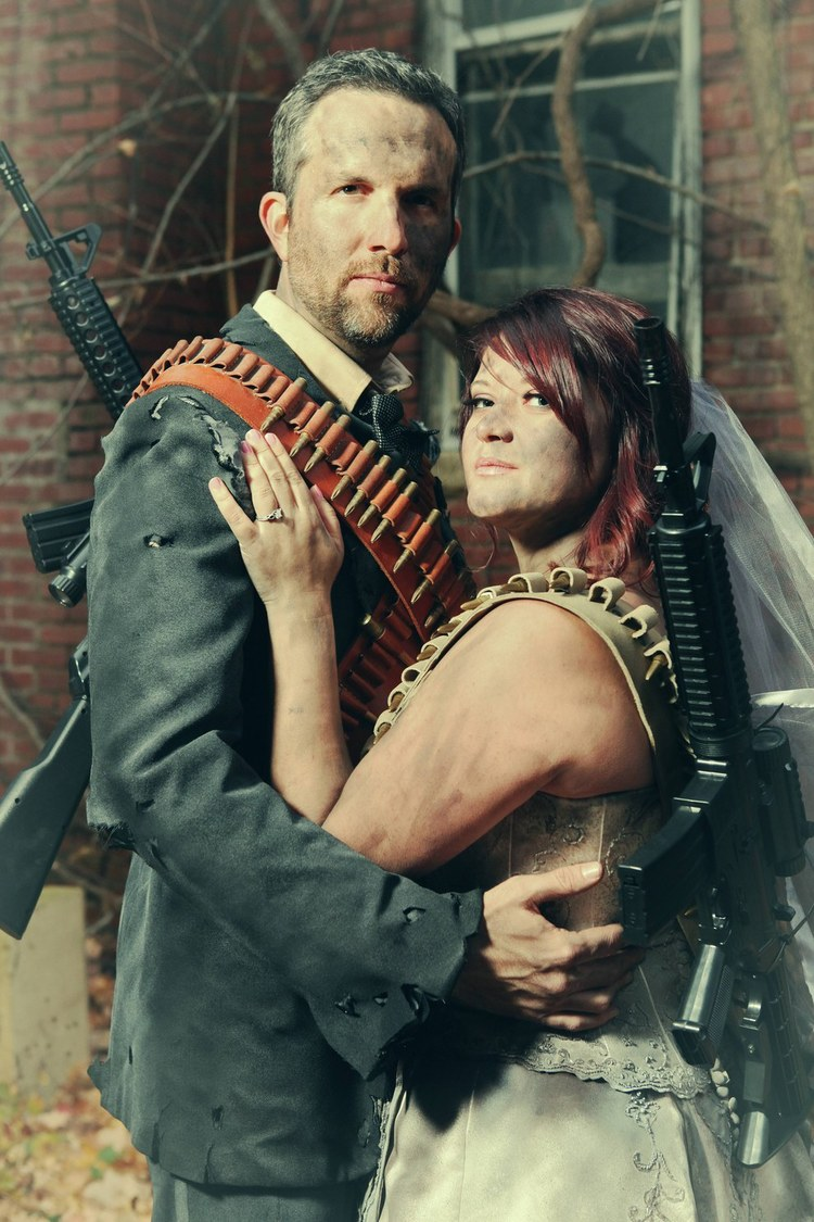 post-apocalyptic-fallout-engagement-photos2