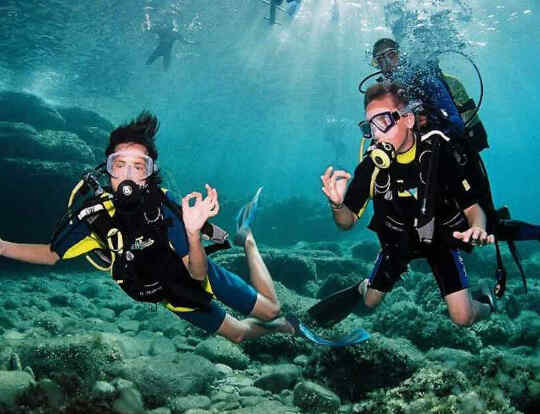 Amazing Sea World Dubai - Best Scuba Diving Center for Kids @ Dubai