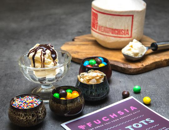 DIY Sundaes @ Fuchsia Urban Thai @ Dubai