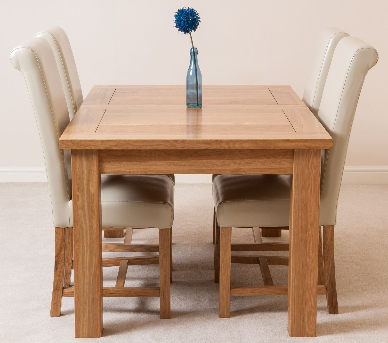 Seattle extending kitchen solid oak dining table 4 ivory for Leather chairs for kitchen table