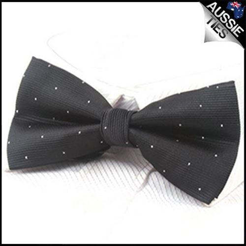 Black with small polka dots bow tie Men/'s Bowtie