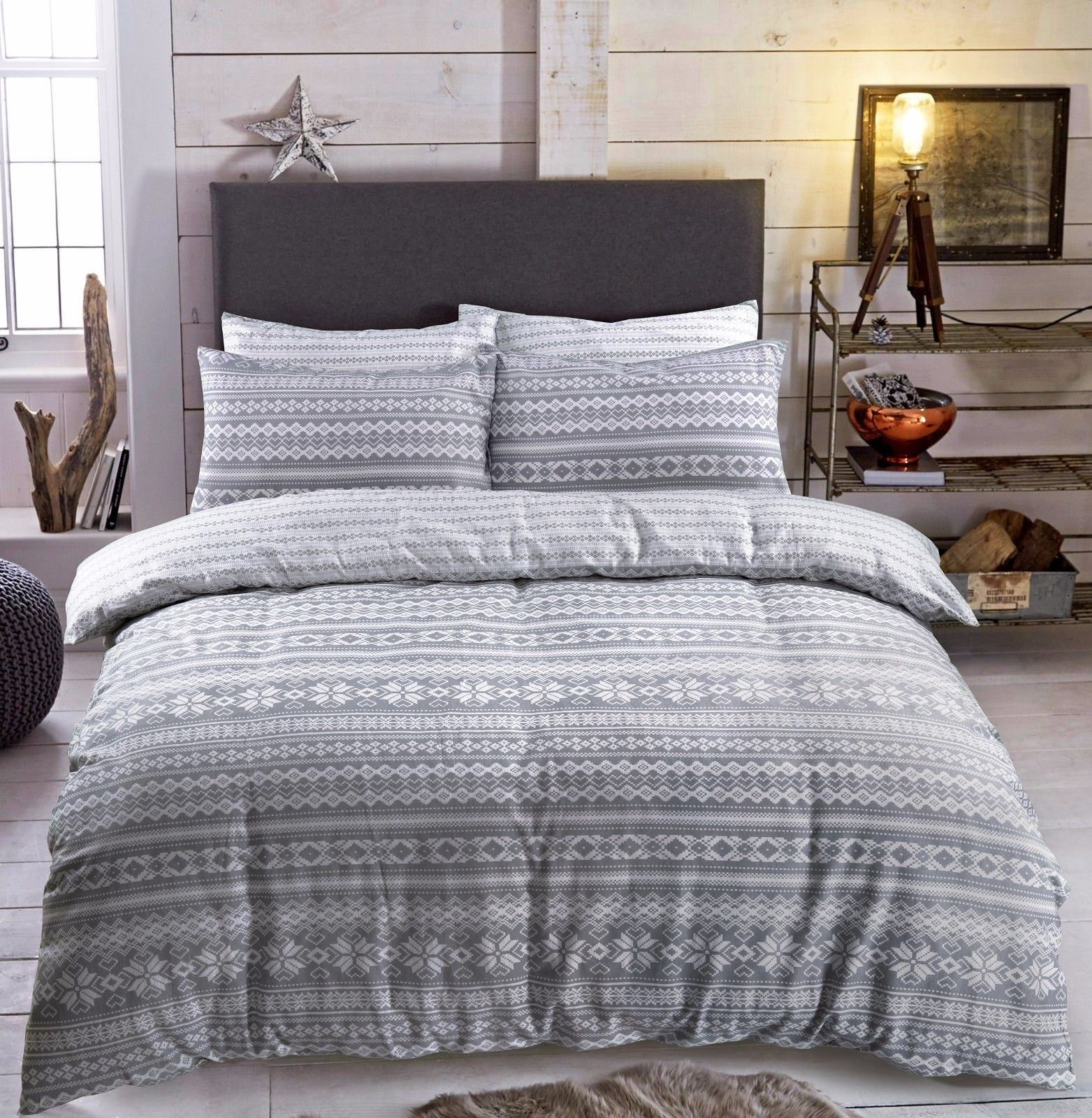 Che Cos E Il Copripiumino.Christmas Brushed Cotton Flannel Reversible Bed Quilt Set Duvet