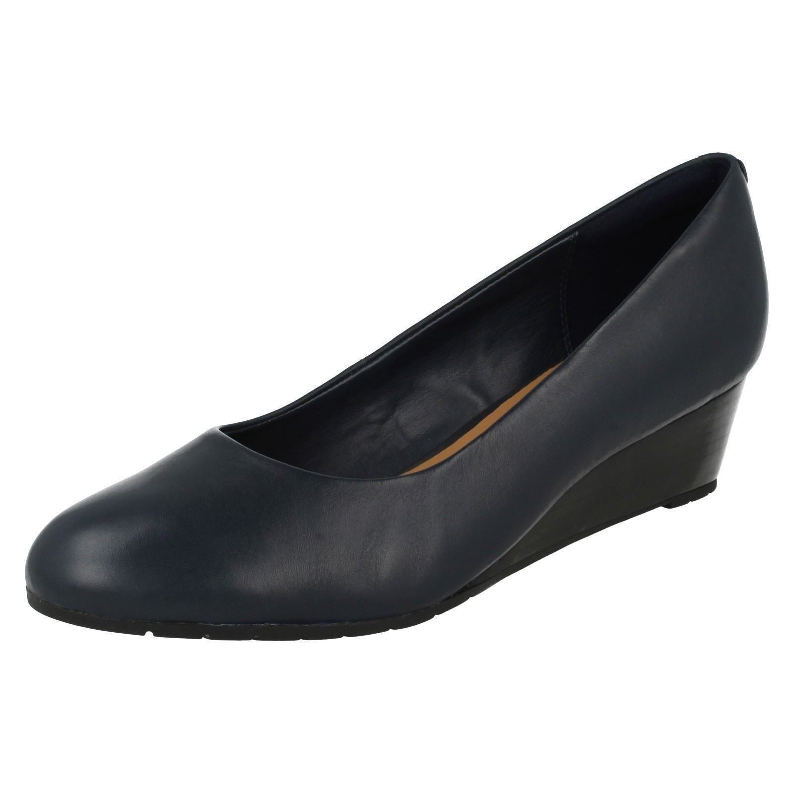 ac69fce3ec5 Ladies Clarks Slip on Wedge Shoes Vendra Bloom Navy Leather 5 UK D. About  this product. Picture 1 of 7  Picture 2 of 7 ...