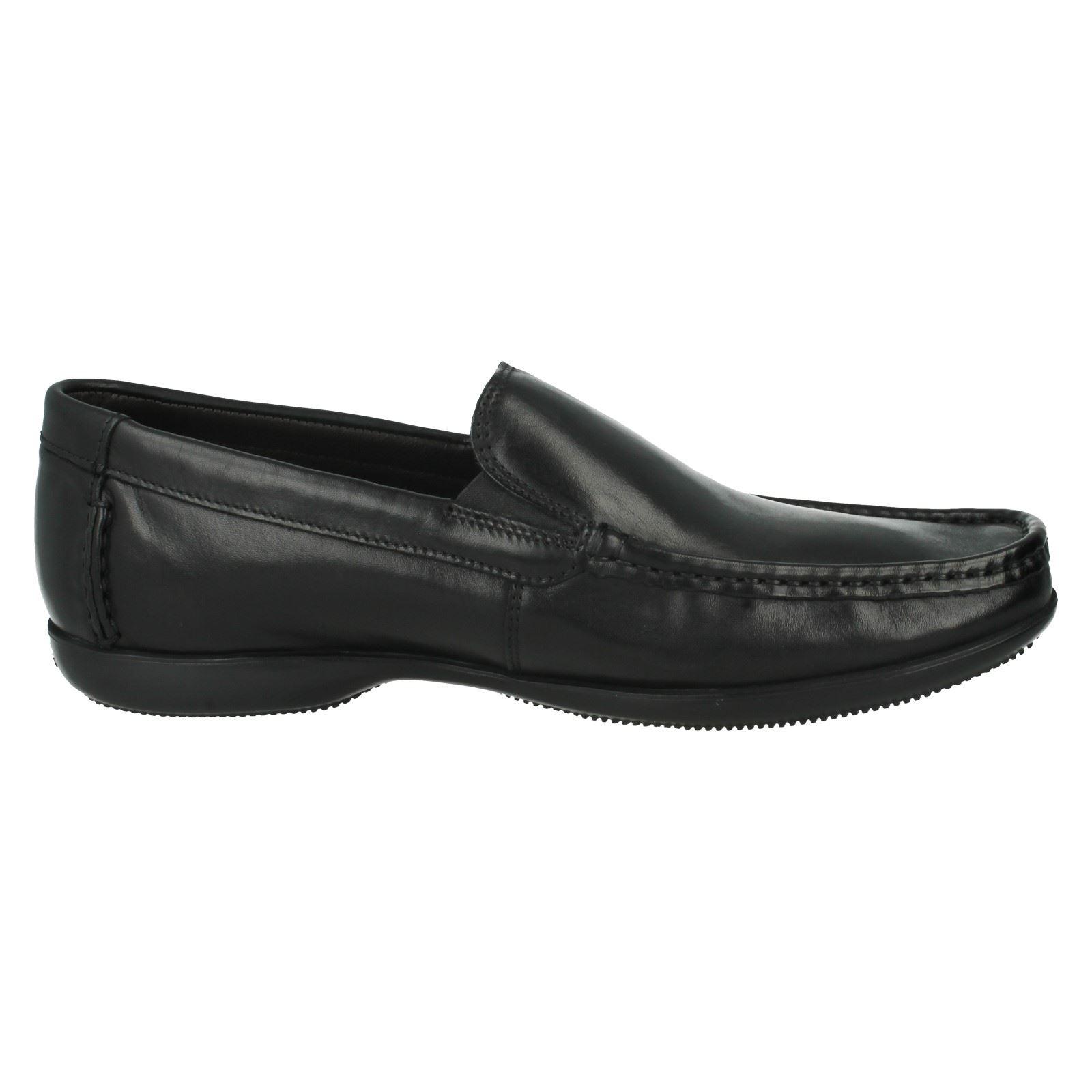Clarks Pour Pour Clarks Homme En Cuir Slip On Chaussures De Loisirs LE STYLE-Finer Soleil e1b621