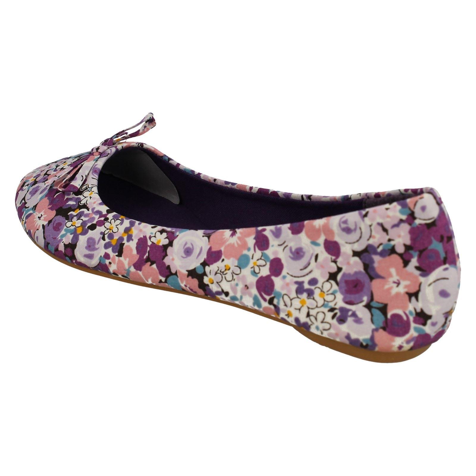 Zapatos señoras de punto en Floral Dolly estilo F8796