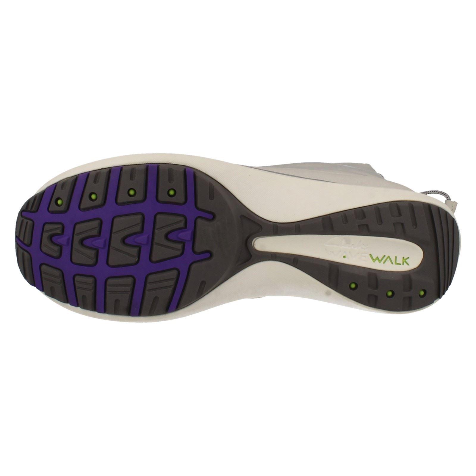 Onda señoras caminar Clarks Gore-Tex Impermeable Botas de nieve etiqueta de pico de onda