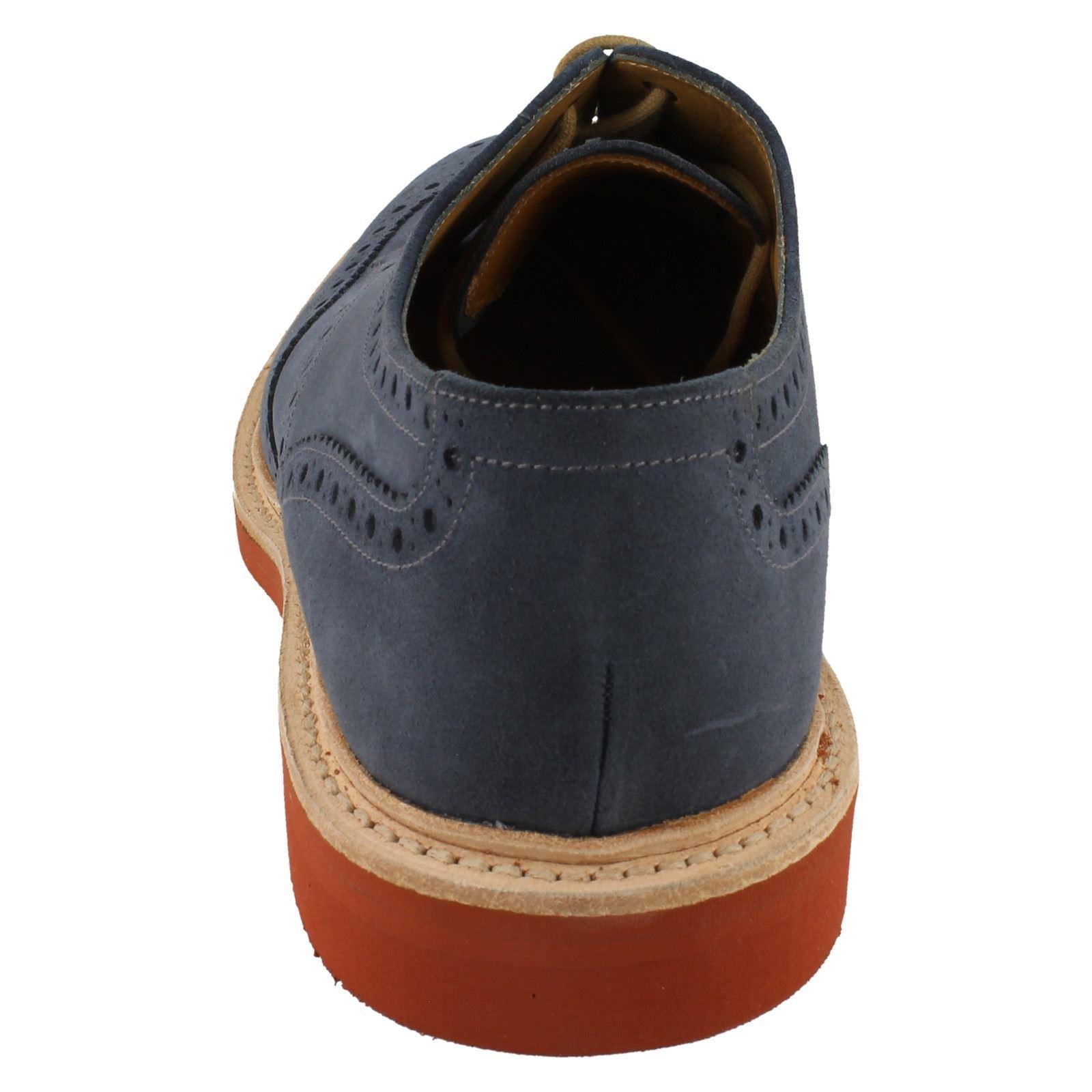 Para Hombre Loake de becerro Engrasado Gamuza Completo zapato bajo de Loake cuero lazada Casual Gamuza Logan 06ade1