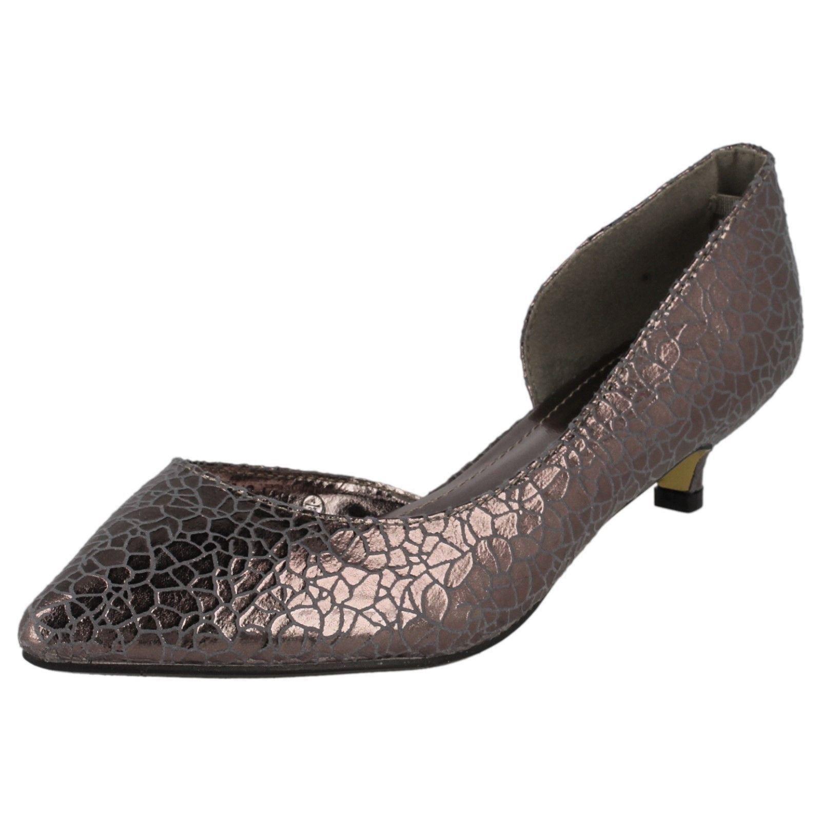Ladies Savannah Kitten Heel Shoes F9784
