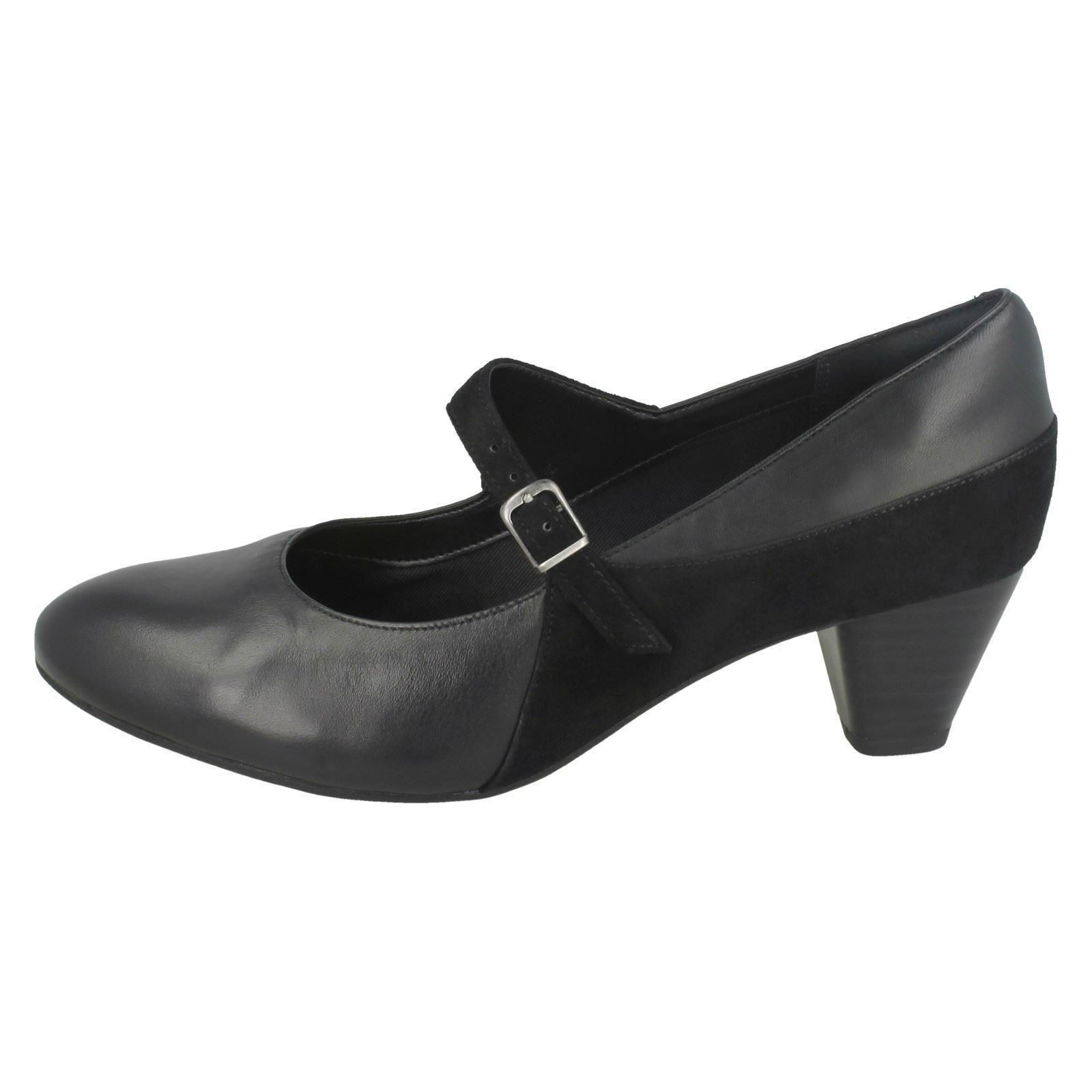Descuento barato Ladies Clarks Smart Court Shoes Denny Bradford