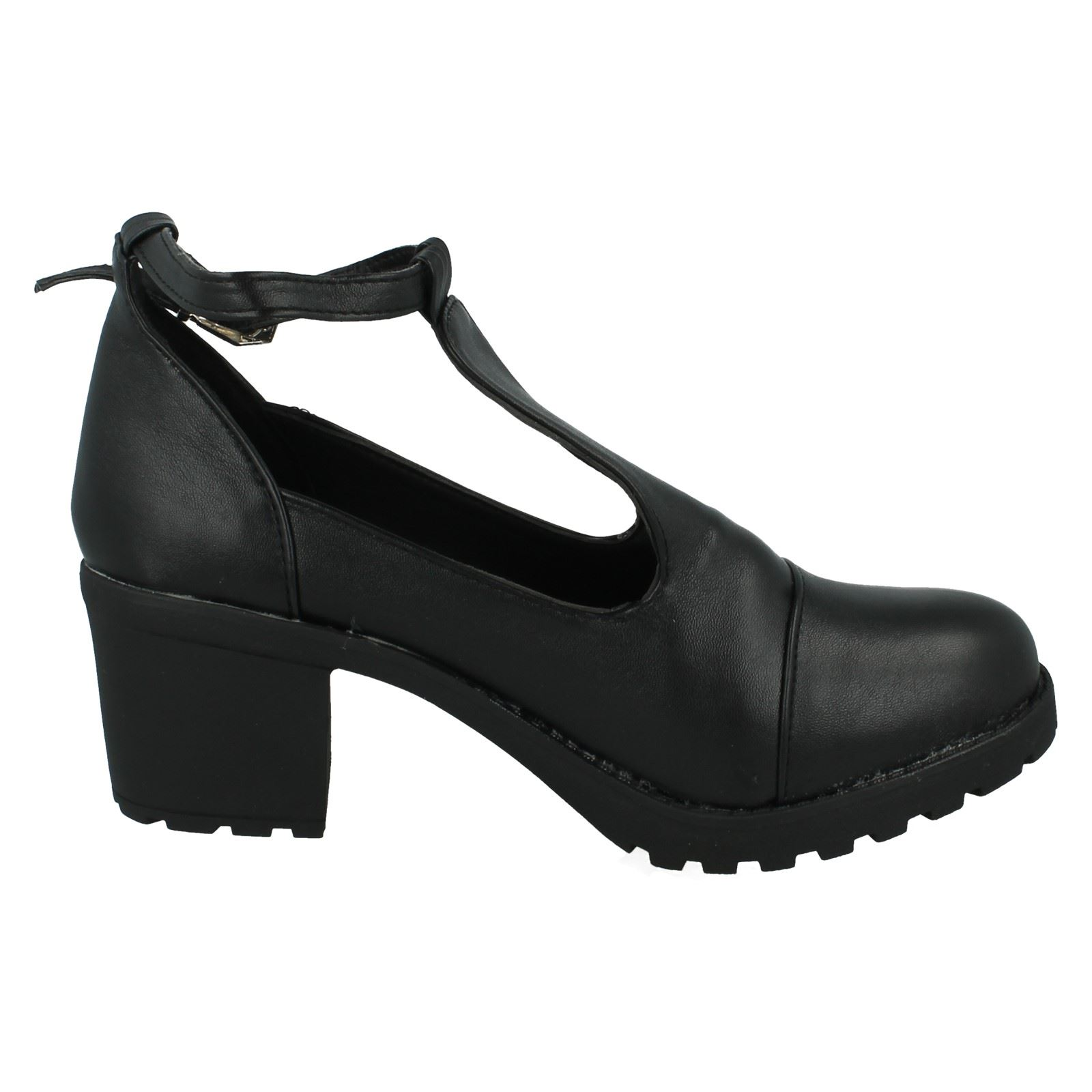 Girls Red Tag School Shoes H3030
