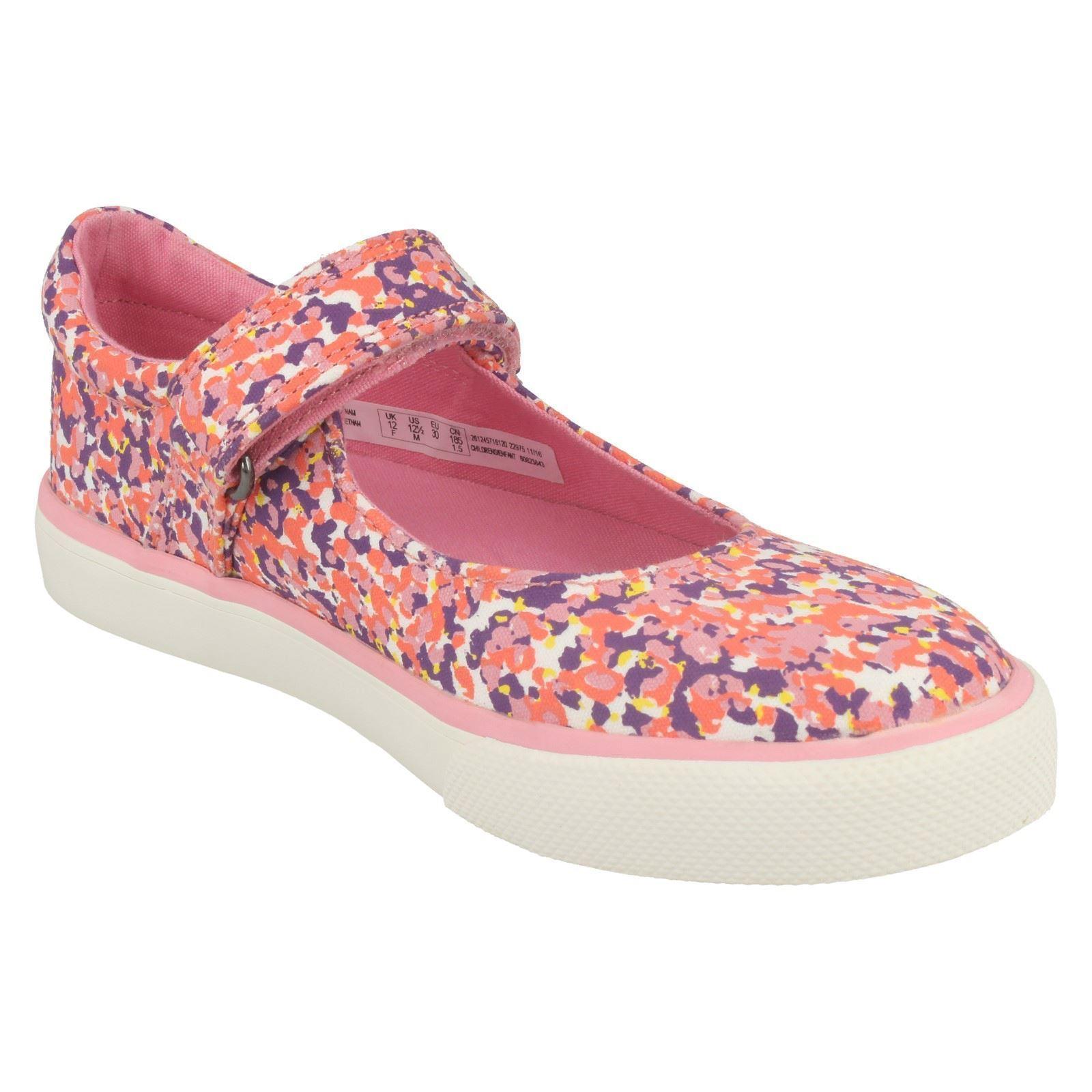 Girls Clarks Canvas Shoes Brill Gem