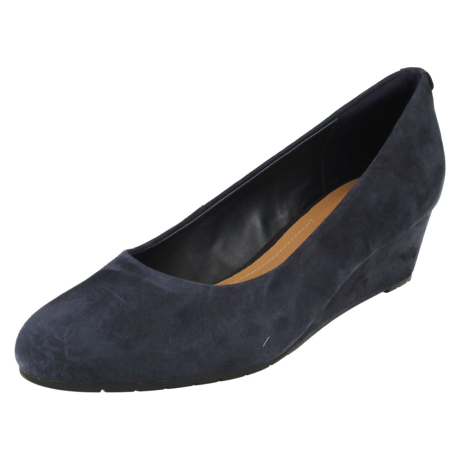 4bc94ad64181 Ladies Clarks Slip on Wedge Shoes Vendra Bloom Navy Suede 7.5 UK D ...