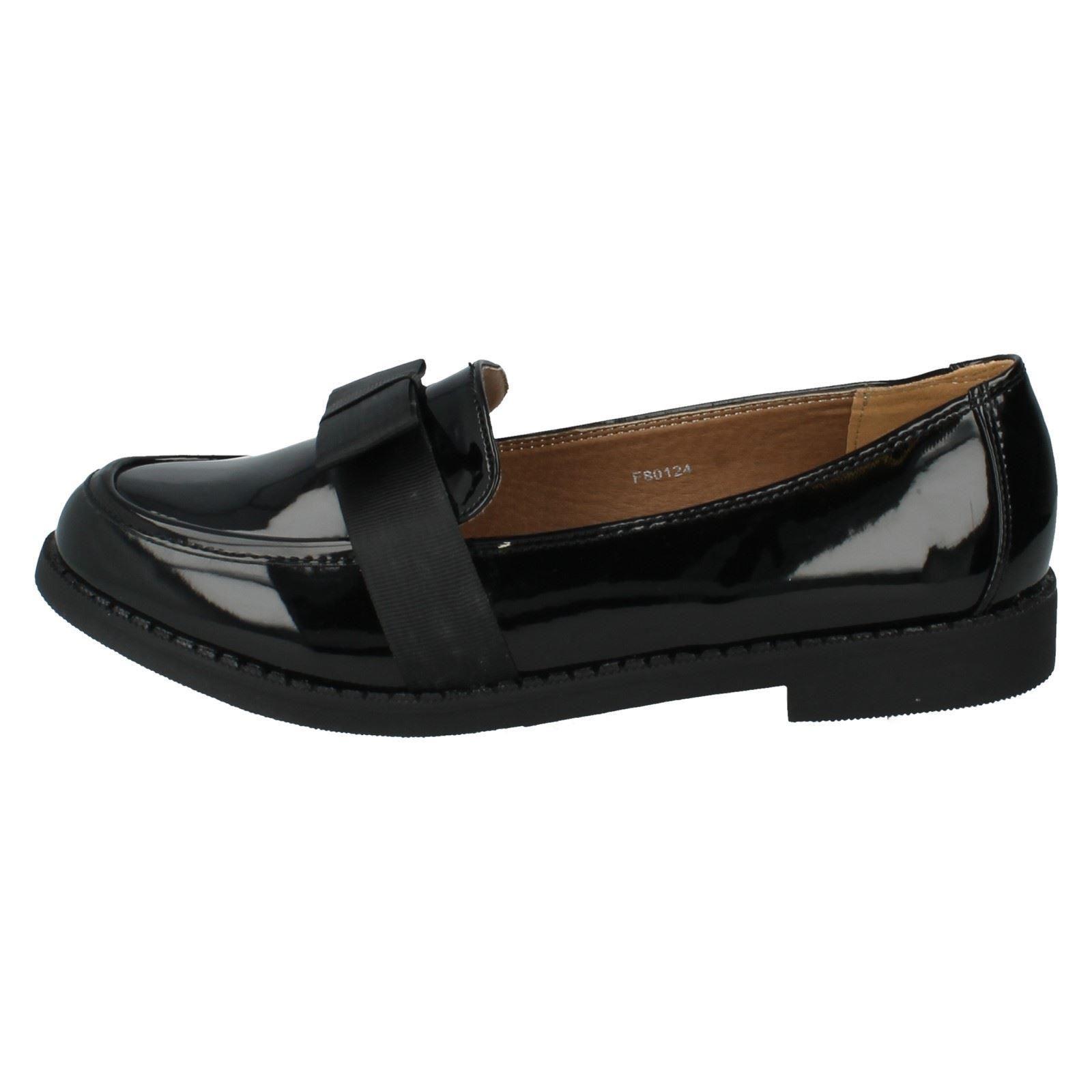 Señoras de punto en zapatos planos el estilo-f80124