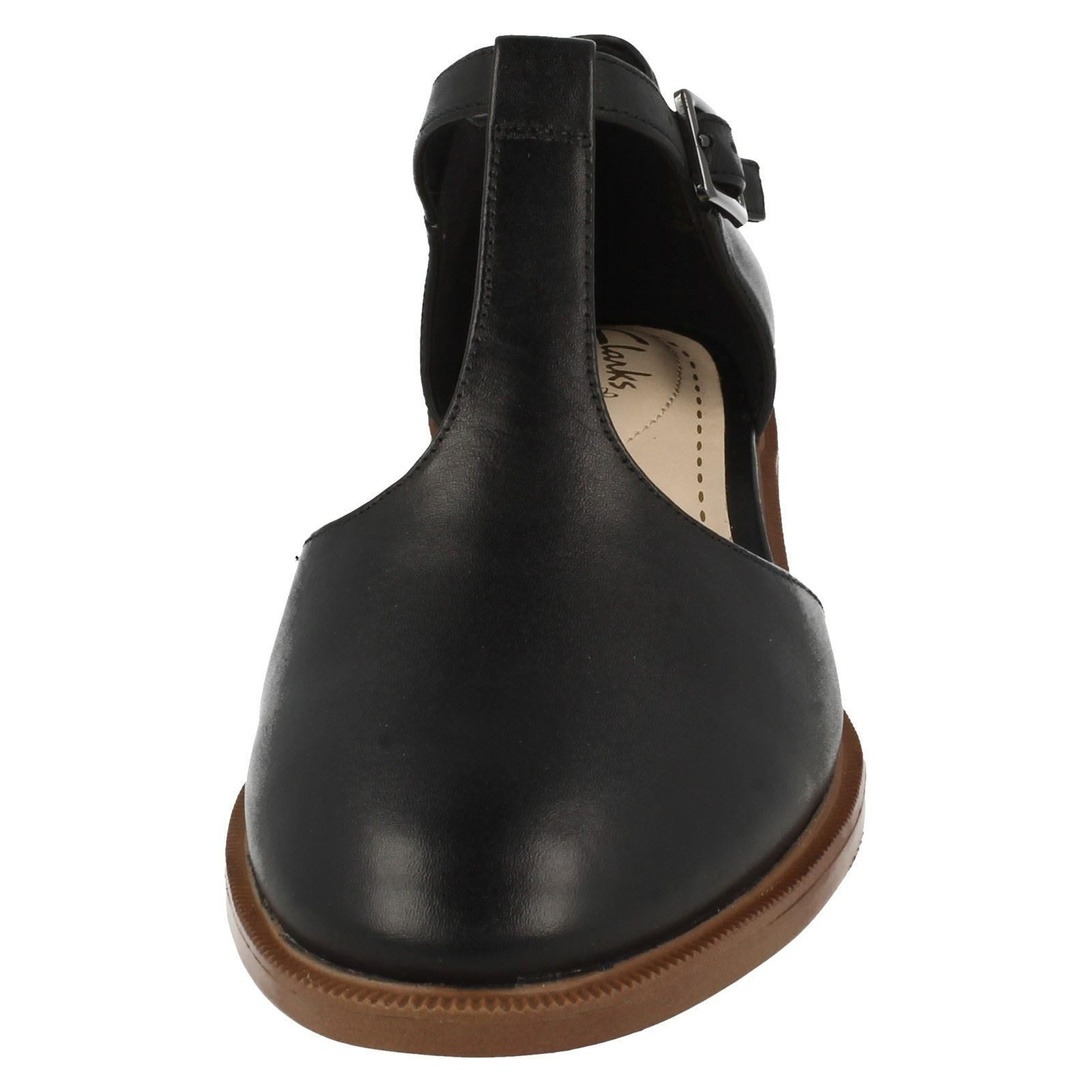 Ladies Clarks Flat Shoes Taylor Palm | EBay
