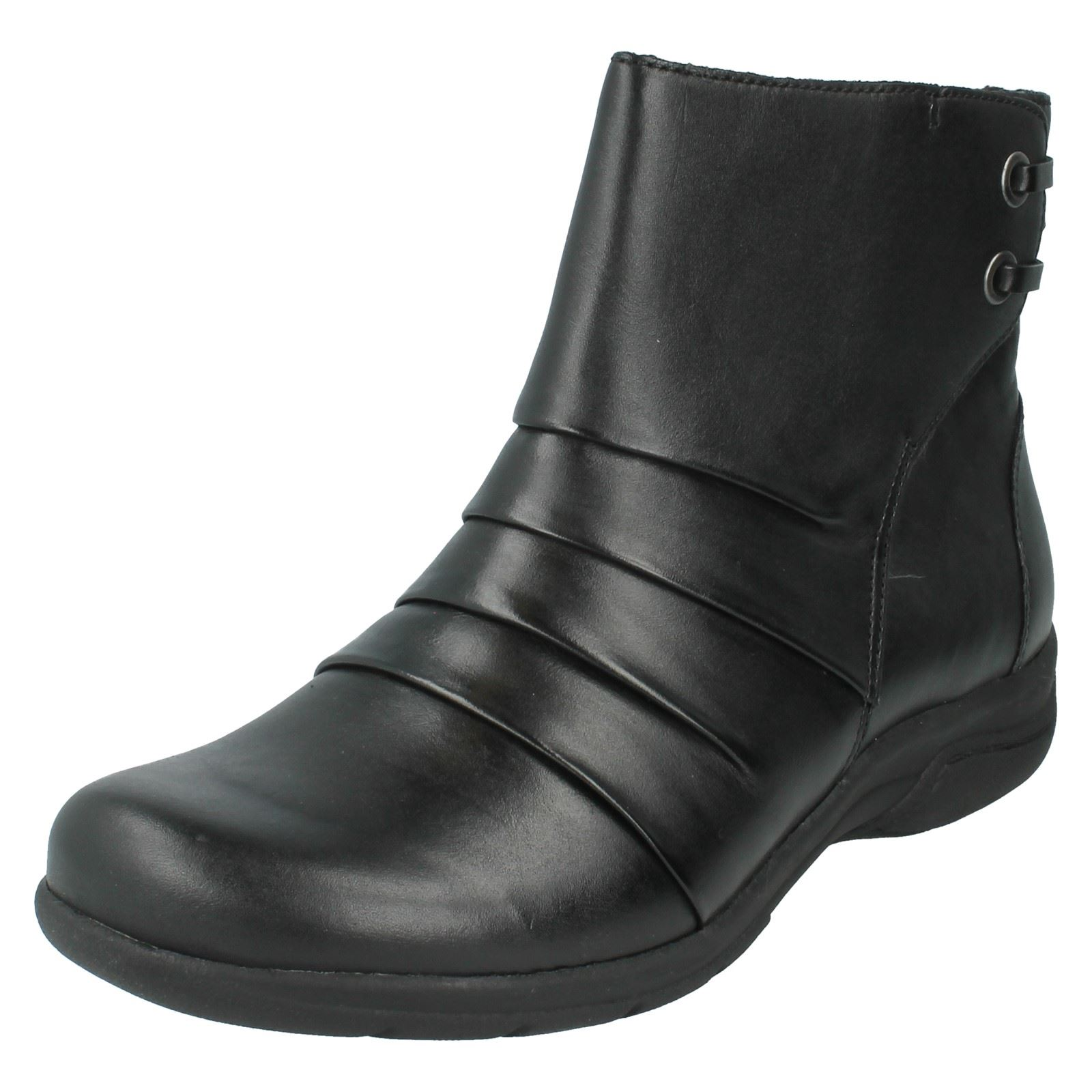 Ladies Clarks Ankle Boots Style Mells - Mells Style Ruth 08b597