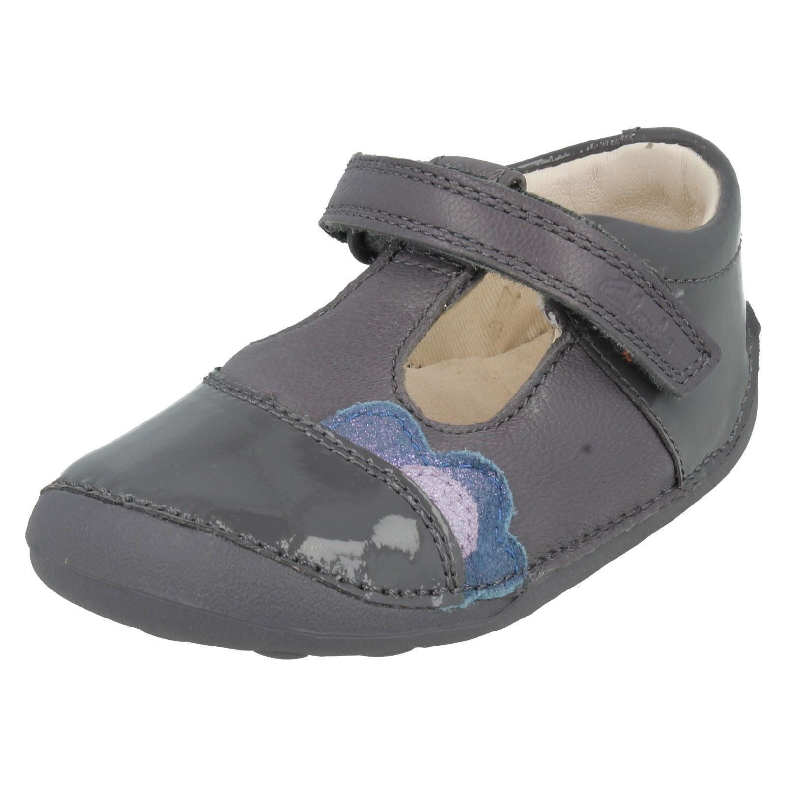 Girls Clarks First Shoes Label Little Caz