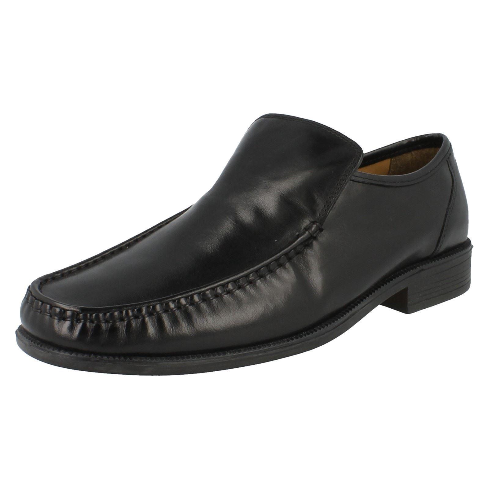 Clarks Beeston Cap Black Leather 10.5 UK H / 45 EU l2PNGZ