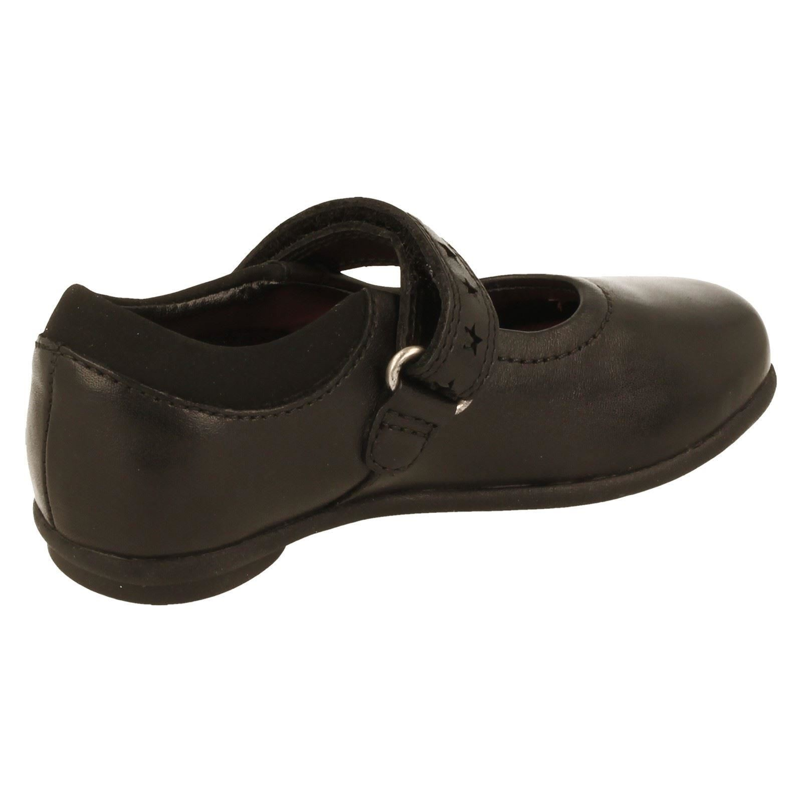Girls Clarks School Shoes Style Daisy Leap -W