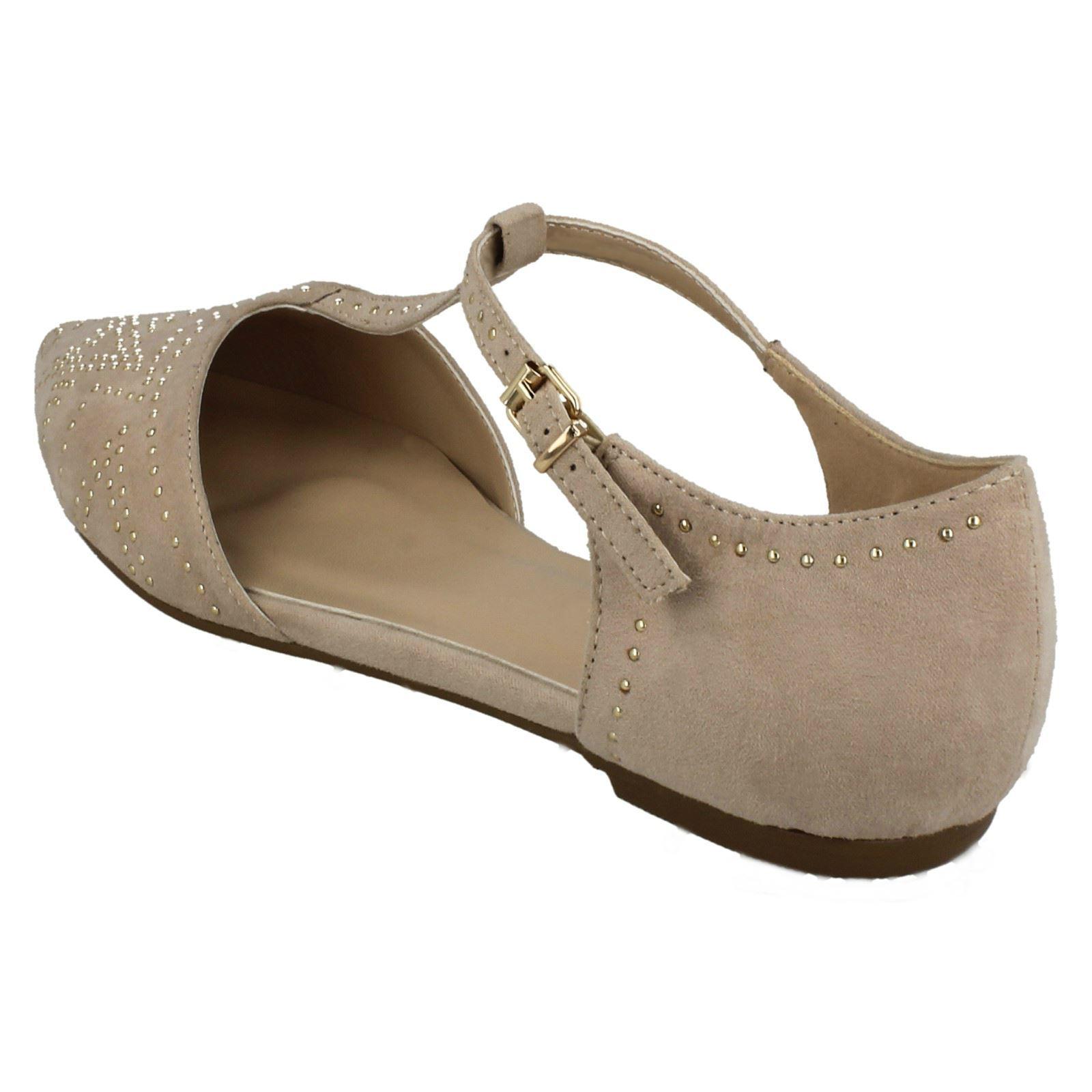 Ladies-Savannah-Flat-T-Bar-Buckle-Strap-Pointed-Shoes-F80232-D