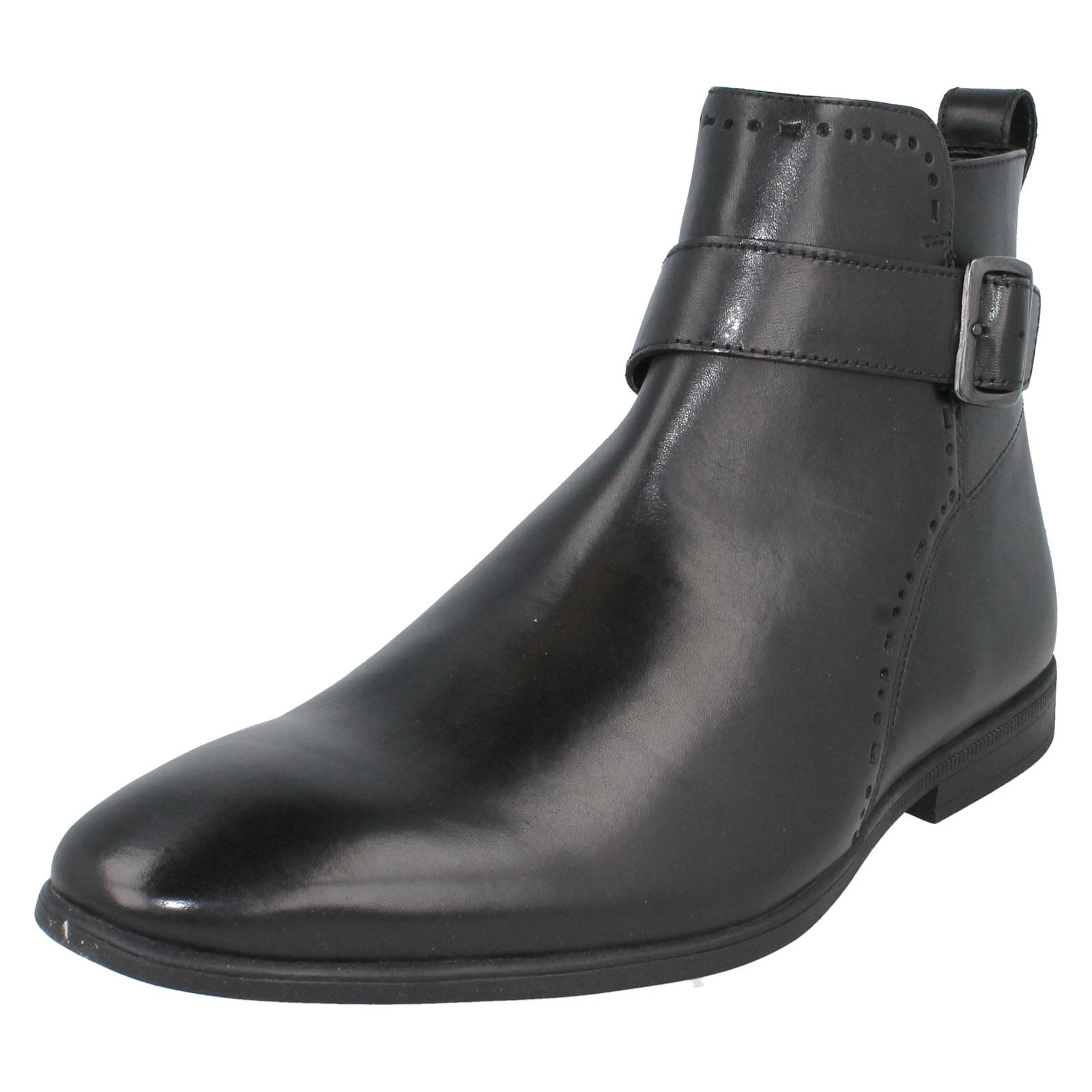 fbdf964f87d Men's Clarks Bampton Mid Zip-up Ankle BOOTS in Black UK 11 / EU 46