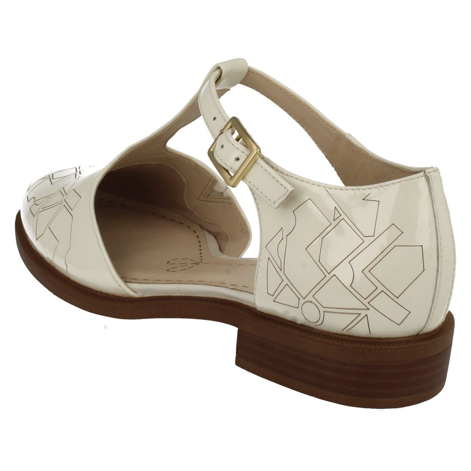 Clark Shoes Women Cut Out