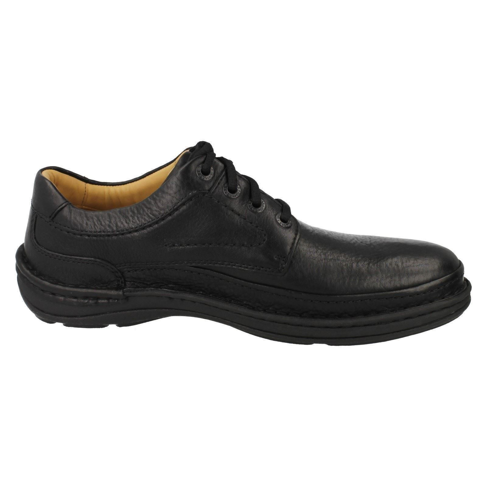 Men's Style Clarks Shoes The  Style Men's - Nature Three 97ccb7