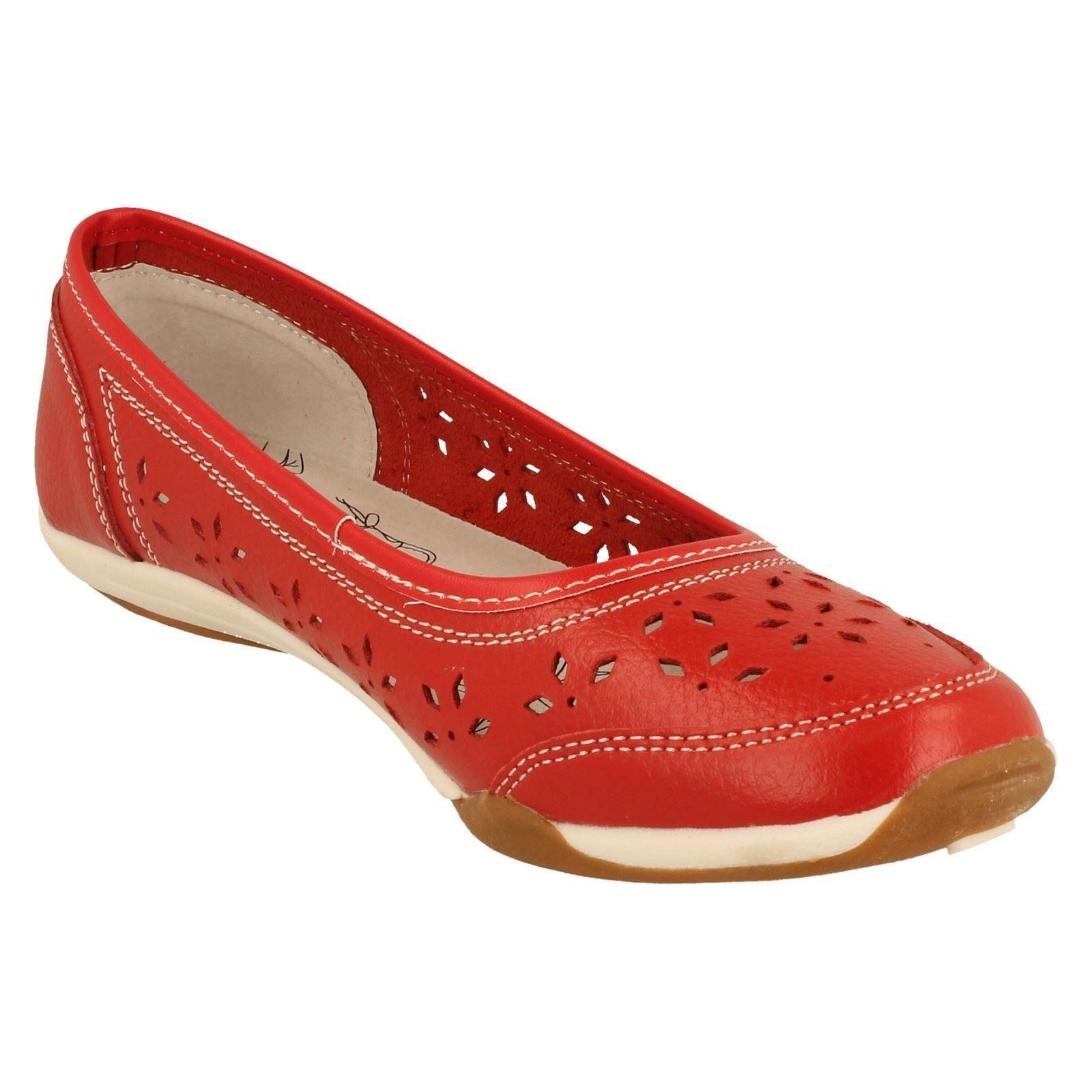 Earth Shoes Ballet Flats