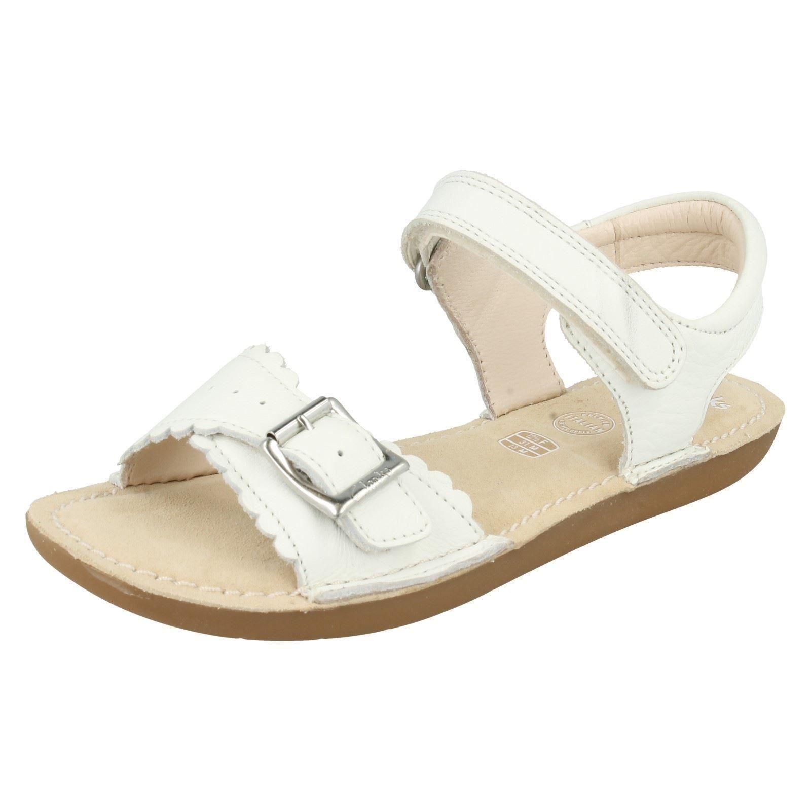 a4c60aab1e4 Girls Clarks Leather Buckle Strap Sandals Ivy Blossom UK 1.5 White F. About  this product. Picture 1 of 11  Picture 2 of 11 ...