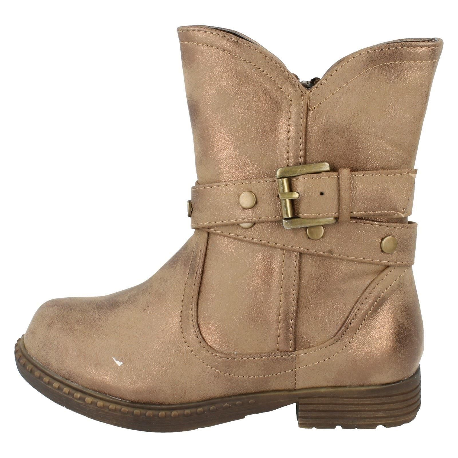 Girls Spot On Boots With Studed Detail Style - H4103
