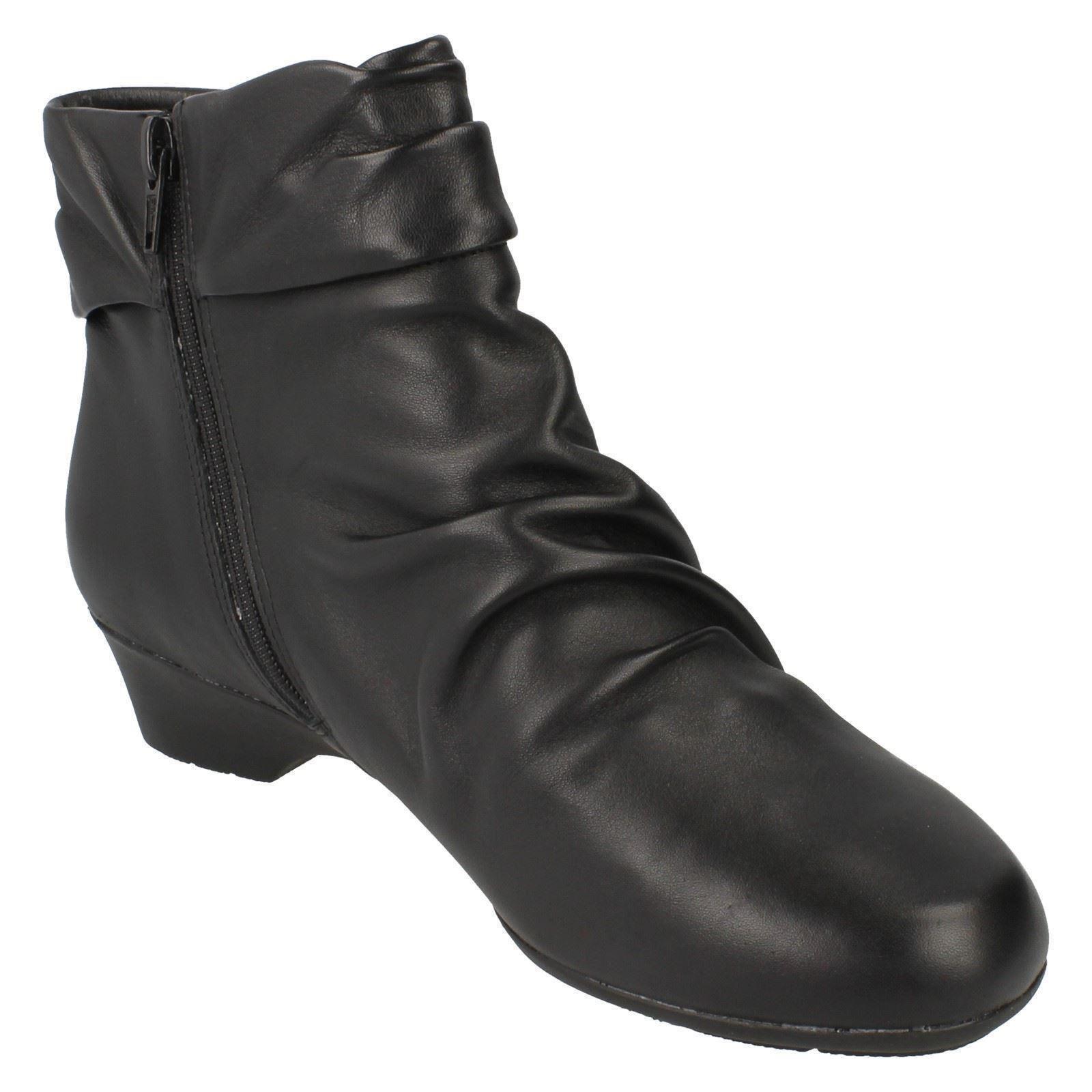 Ladies Clarks Ankle Boots Matron Ella