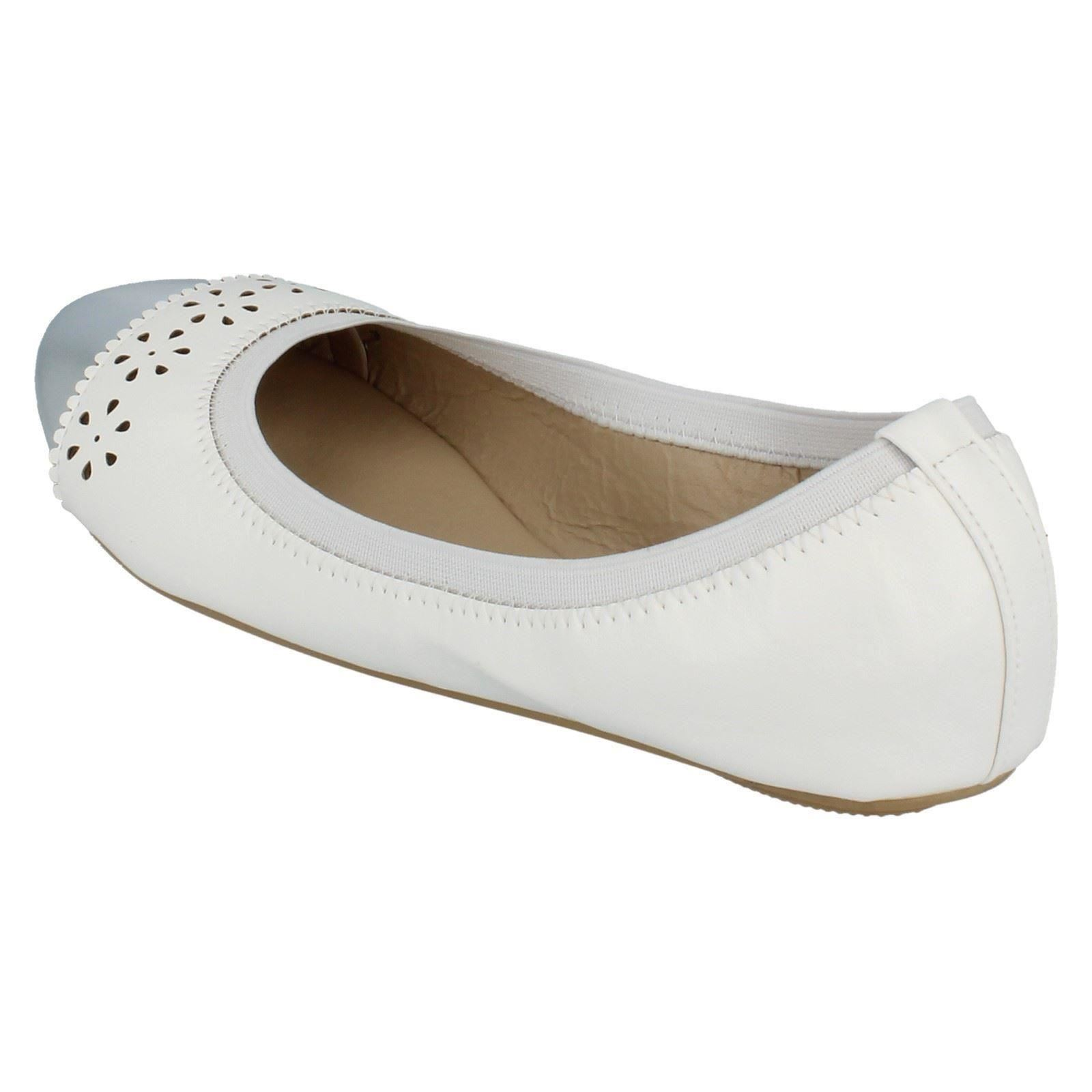 Girls Spot On Flat Dolly Shoes Style - H2410 - D